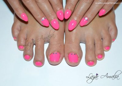 Nails and feet