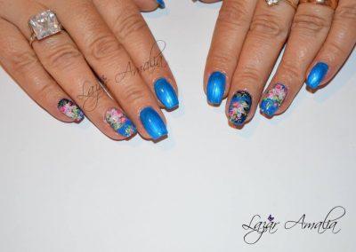 Detailed nail design